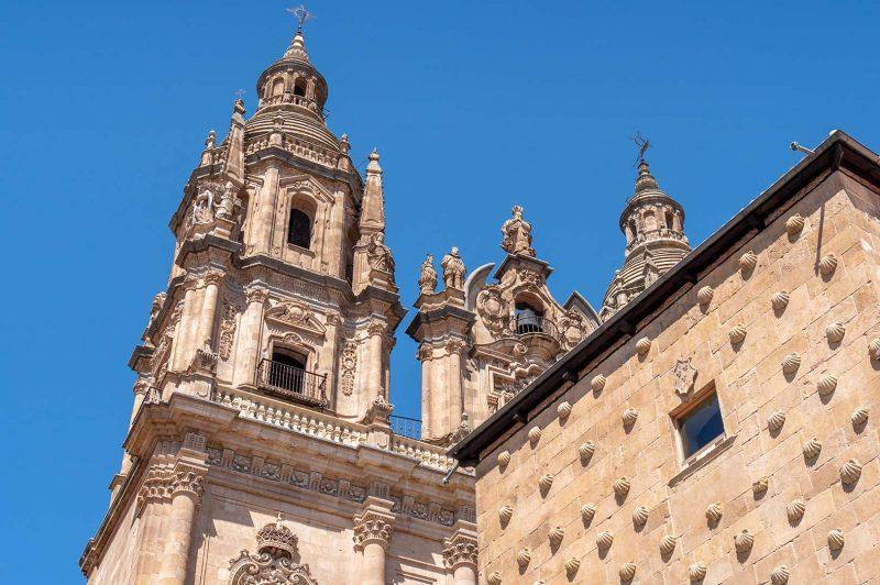 Torre de La Clerecia and Biblioteca Publica de Salamanca