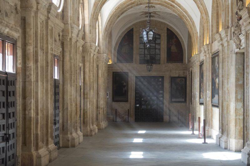 Hallway La Clerecia, Salamanca