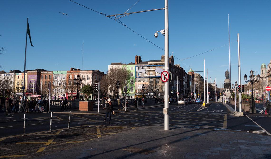 Centrala Dublin, strax efter vi stigit av bussen från flygplatsen