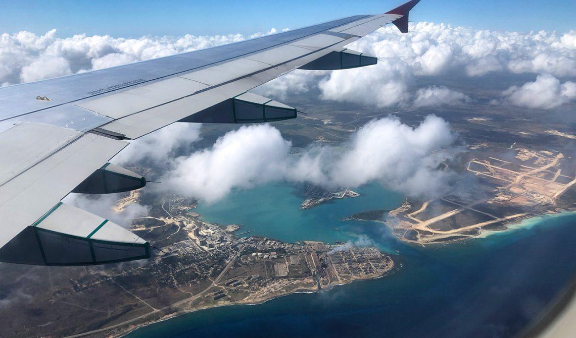 Air Canada går in för landing i Havanna, Kuba