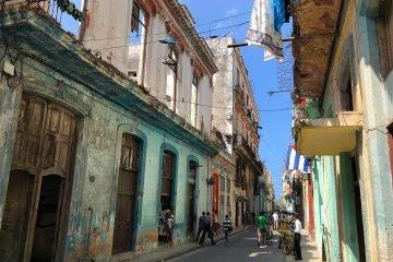 Gata i gamla stan Havanna, Kuba
