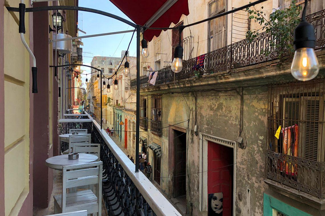 Utsikt från Restaurant Esquina de Cuba, Havanna