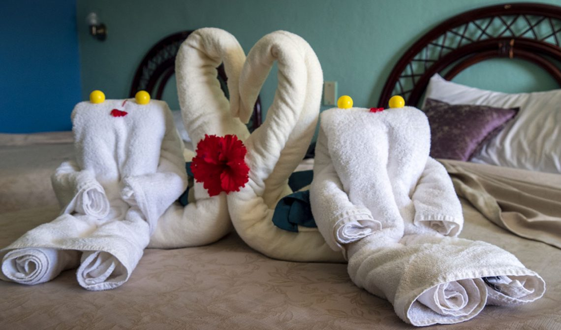 Everyday new towel decorations at Hotel Las Cuevas in Trinidad